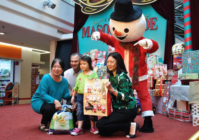 Toy Bank, A Gift of Love 2014 @ Cheras LeisureMall, Kuala Lumpur