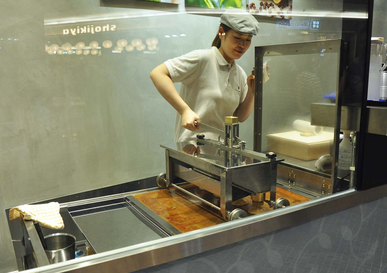 Nana's Green Tea's 1st Modular Shop @ Mid Valley Megamall