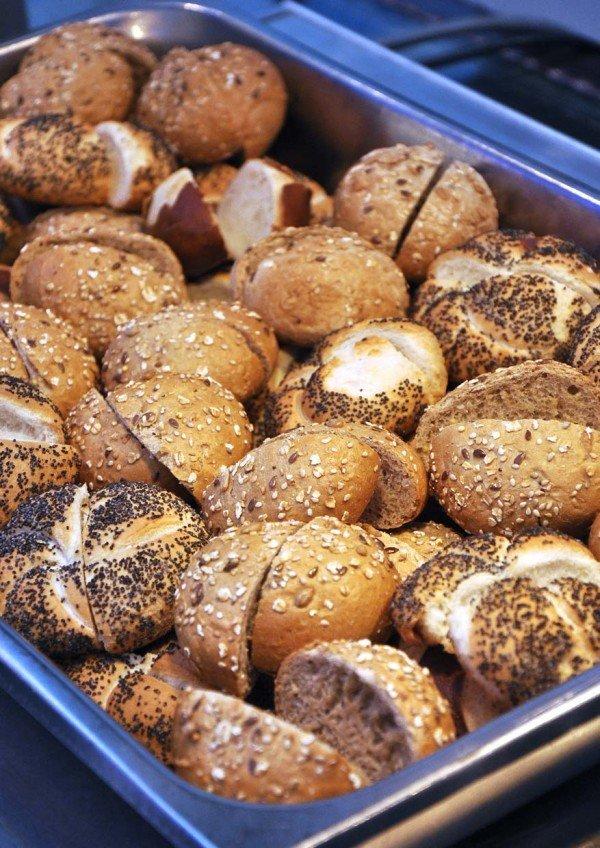 ramadan buffet 2015 bangi golf resort portioned butter rolls