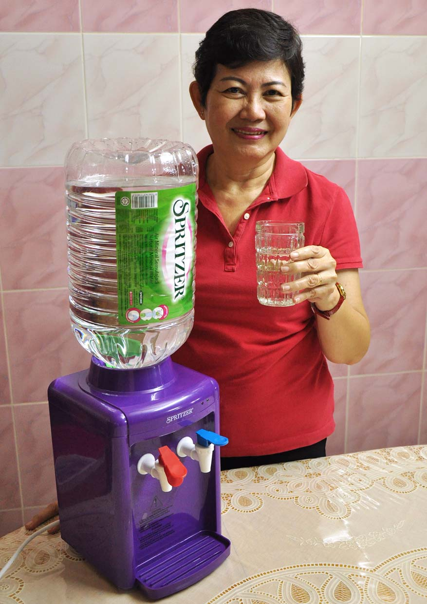 Spritzer Hot and Warm Mini Dispenser and Bigger Pack Size Series