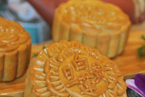 Mooncake Mid Autumn Festival 2015 @ Zuan Yuan Chinese Restaurant, One World Hotel