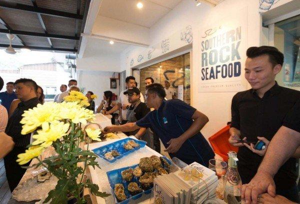 kuala lumpur oyster festival 2015 southern rock seafood malaysian oyster opening championship 2016