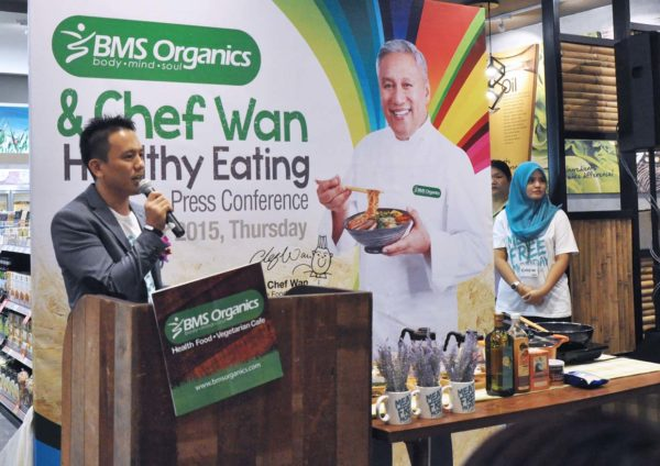 meat free monday malaysia by bms organics in collaboration with datuk chef wan
