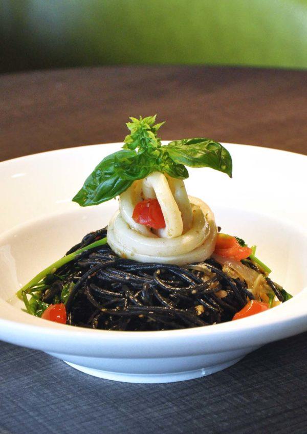 flight club international healthy cuisine kl international airport klia squid ink pasta