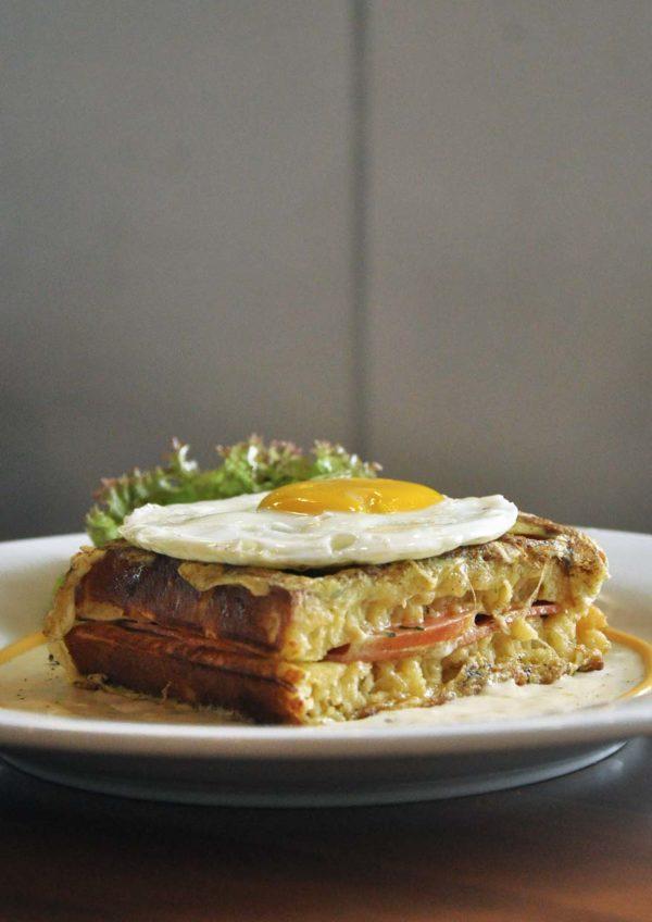 handmade waffle american diner restaurant chequers taman tun dr ismail double deck croque monsieur breakfast