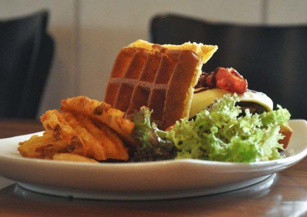 handmade waffle american diner restaurant chequers taman tun dr ismail moo moo breakfast