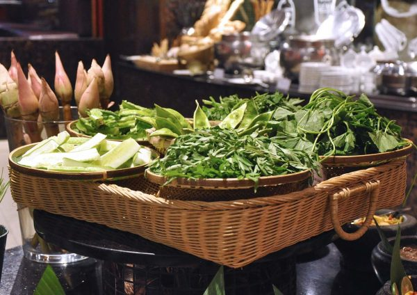 ramadan 2016 temptations restaurant renaissance kuala lumpur hotel ulam