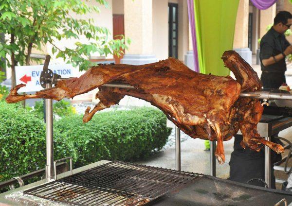ramadan buffet 2016 pullman putrajaya lakeside roasted lamb