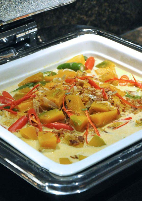 ramadan buffet 2016 tiffin restaurant weil hotel ipoh labu masak lemak