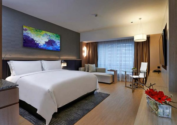 renaissance kuala lumpur hotel global day of discovery west wing deluxe room king bedded