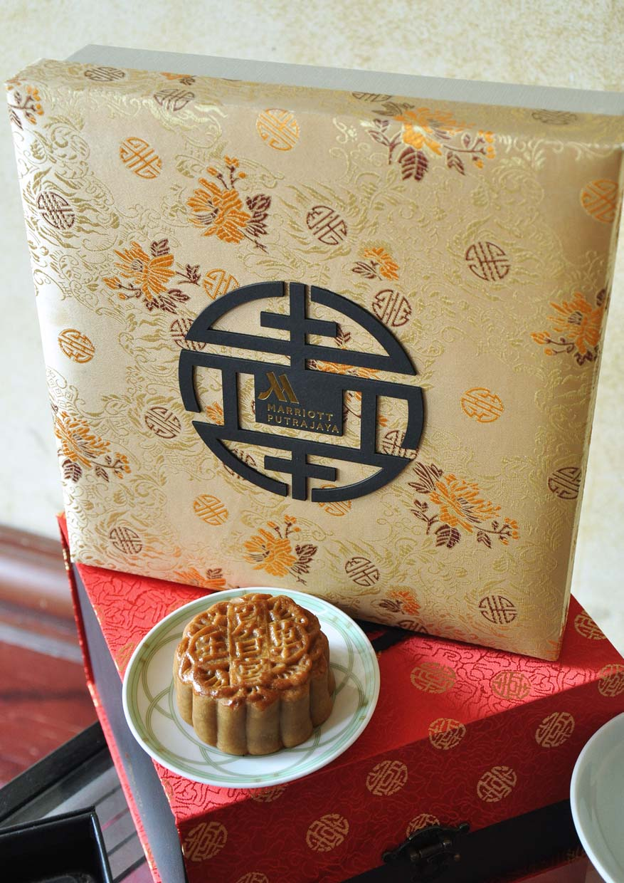 Delicious Decade Of Mooncake @ Summer Palace Restaurant, Putrajaya Marriott Hotel