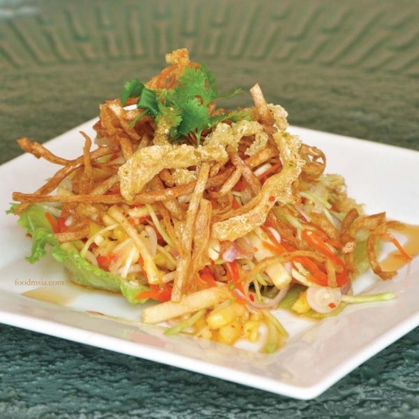 thai-licious zuan yuan chinese restaurant bandar utama salad