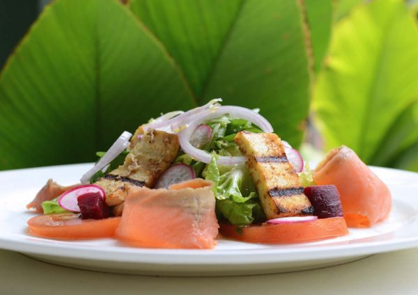 bonne gilla western restaurant jalan berangan kuala lumpur smoked salmon salad