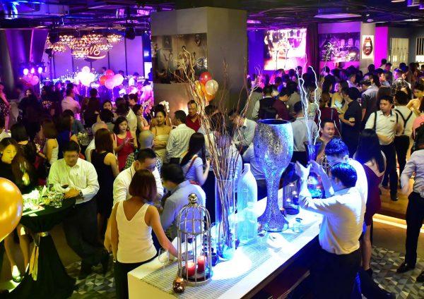 lavo restaurant lounge wine bar menara lien hoe tropicana guests
