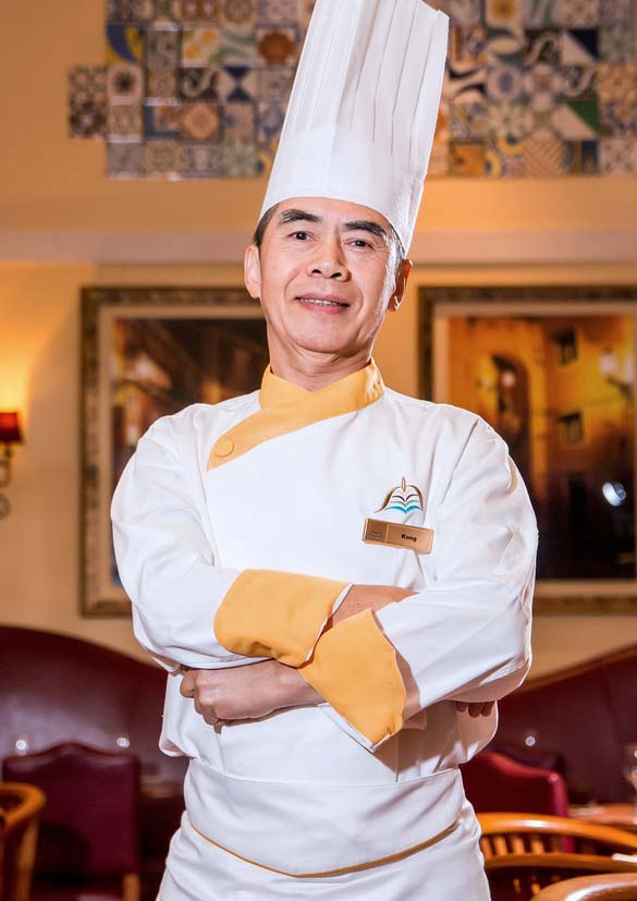 the macao exchange cinnamon coffee house one world hotel Chef Kong