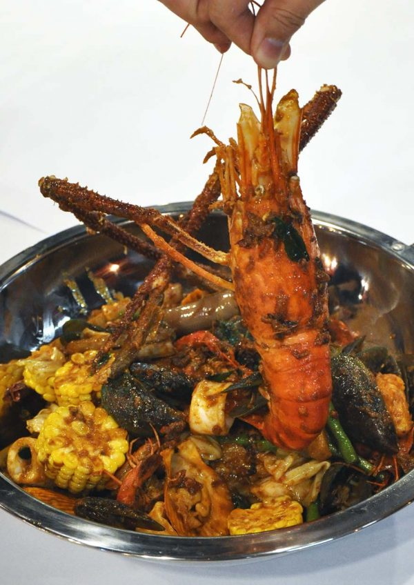 33 seafood steamboat restaurant bandar puteri puchong kam heong