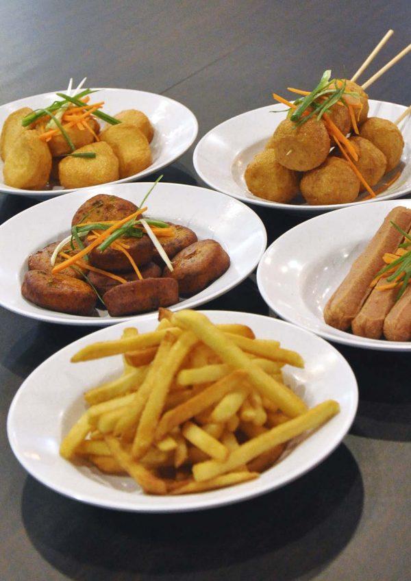 33 seafood steamboat restaurant bandar puteri puchong snacks