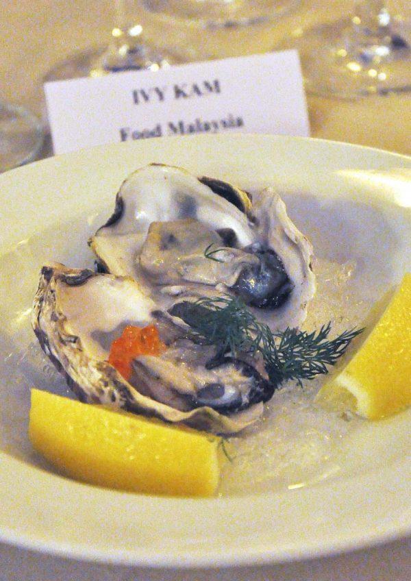 cloudy bay sauvignon blanc 2016 vintage cava bangsar oyster