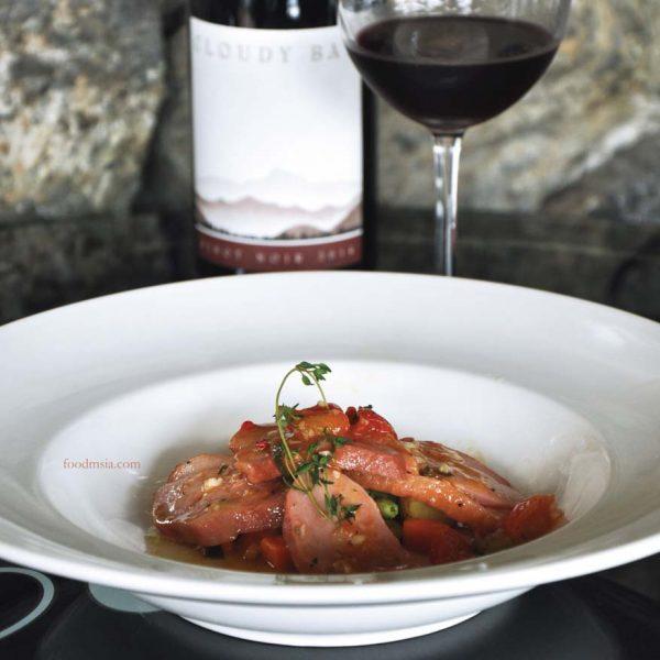 cloudy bay sauvignon blanc 2016 vintage cava bangsar smoked duck breast