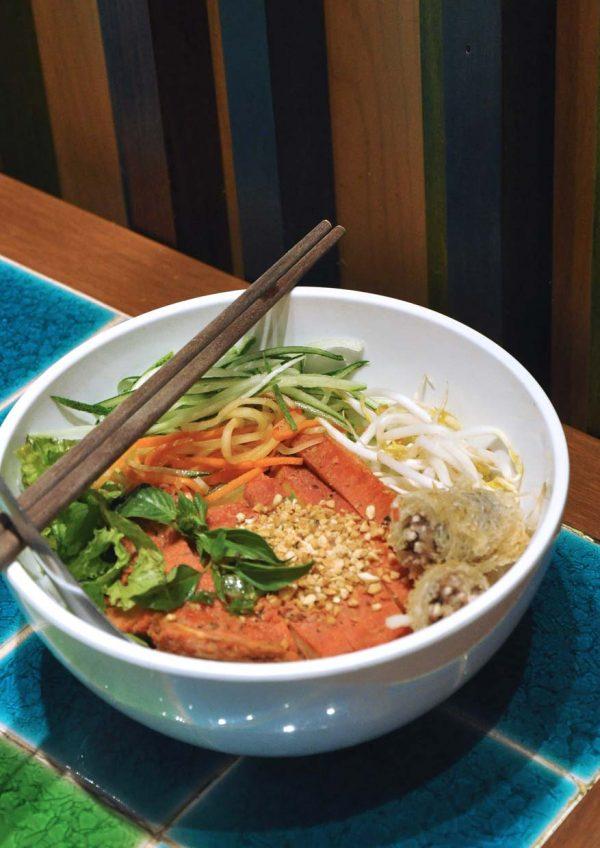 pho street vietnamese food paradigm mall petaling jaya dry rice vermicelli