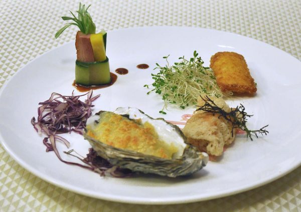 unique seafood pj23 malaysia international gastronomy festival four combinations platter