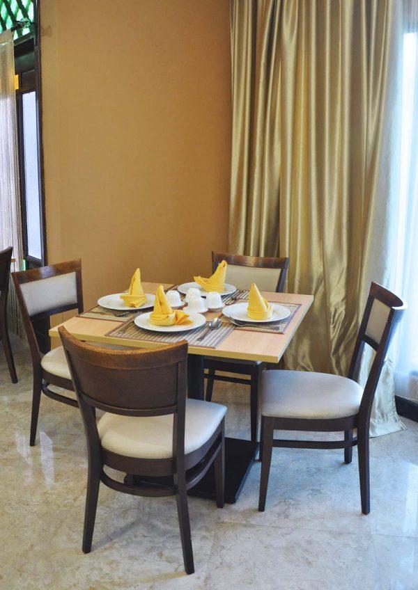 aroi dee thai restaurant palm garden hotel ioi resort city interior