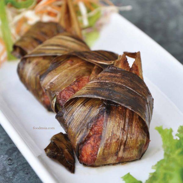 aroi dee thai restaurant palm garden hotel ioi resort city pandan chicken