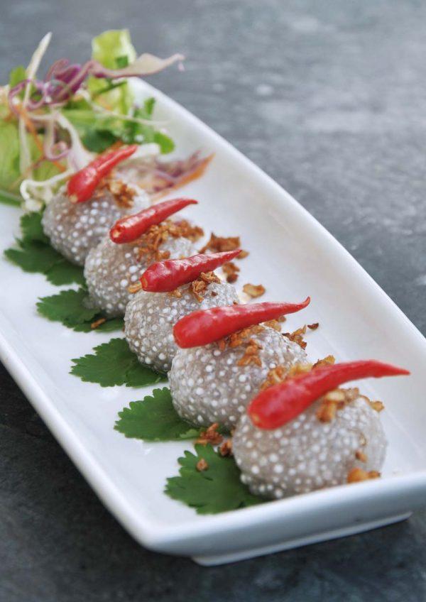 aroi dee thai restaurant palm garden hotel ioi resort city steamed sago