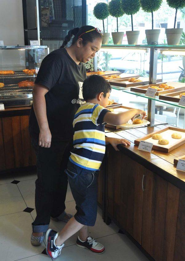 la figue western restaurant pv128 setapak kuala lumpur pastries