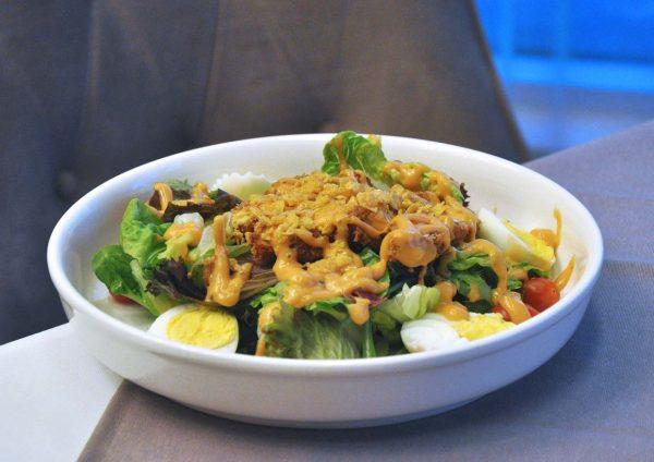 mazzo publika korean japanese italian fusion cajun chicken salad