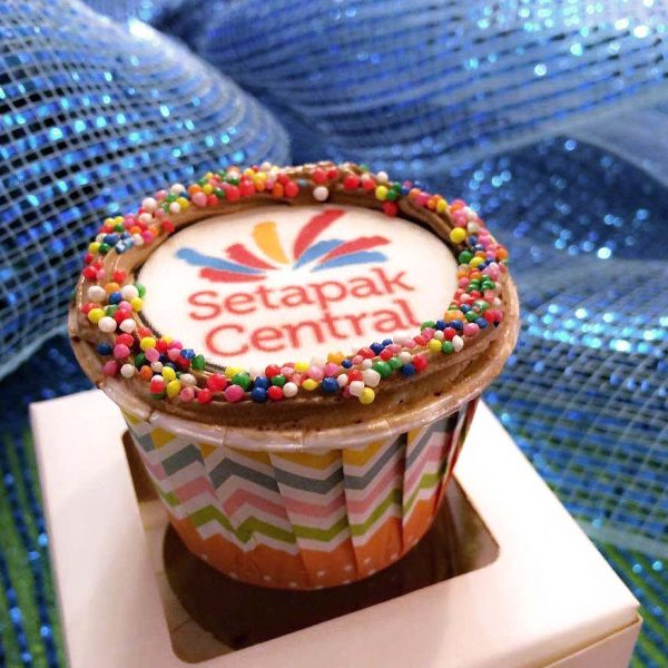 setapak central 1 fabulous celebration first anniversary cupcake