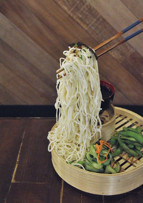 underground societe bandar sunway flying noodles udon