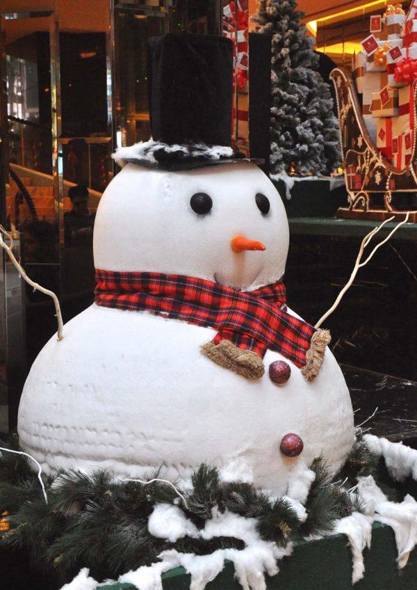 grand millennium kl christmas 2016 snowmen jack and jerry
