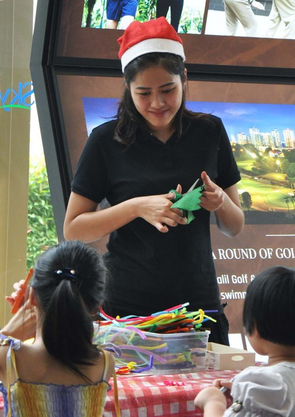 skyworld skyluxe on the park bukit jalil seoul-ful christmas carnival art craft workshop