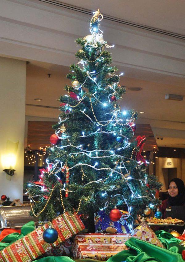 the royale bintang kuala lumpur christmas 2016 decoration