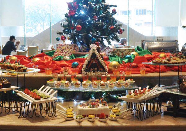 the royale bintang kuala lumpur christmas 2016 desserts
