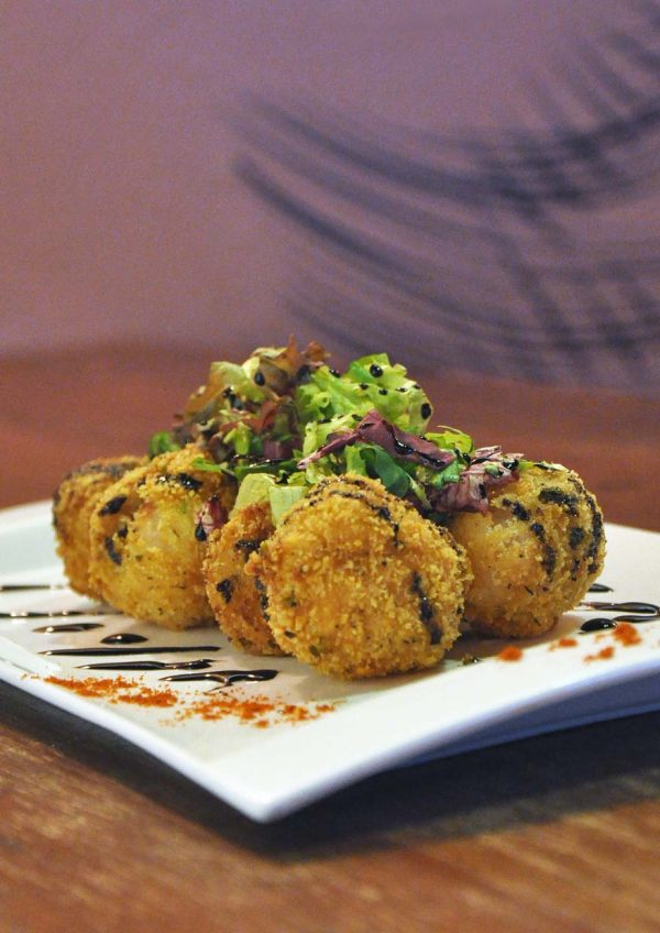 the eighth avenue publika kuala lumpur fusion cuisine lychee pork poppers