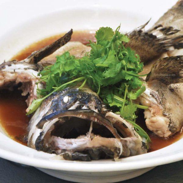 zuan yuan chinese restaurant one world hotel cny 2017 fish