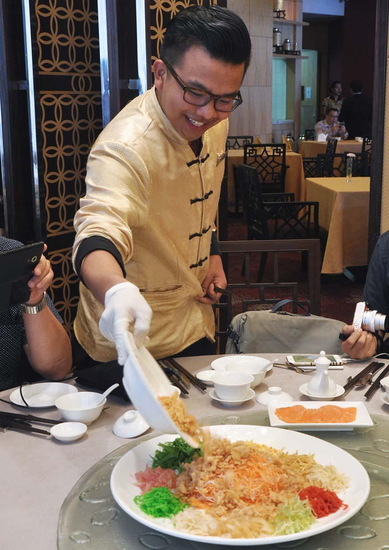 Petals Of Prosperity @ Zuan Yuan Chinese Restaurant, One World Hotel