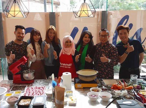 Products Launching of Chef Siti & Puan Sri Nisa Bakri @ MonspaceMall.com
