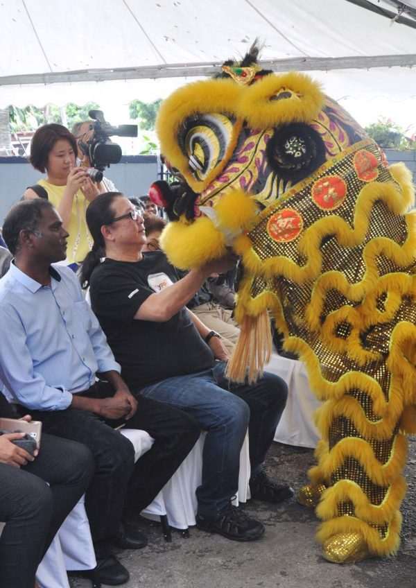hypptv chinese new year csr pj caring home lion dance