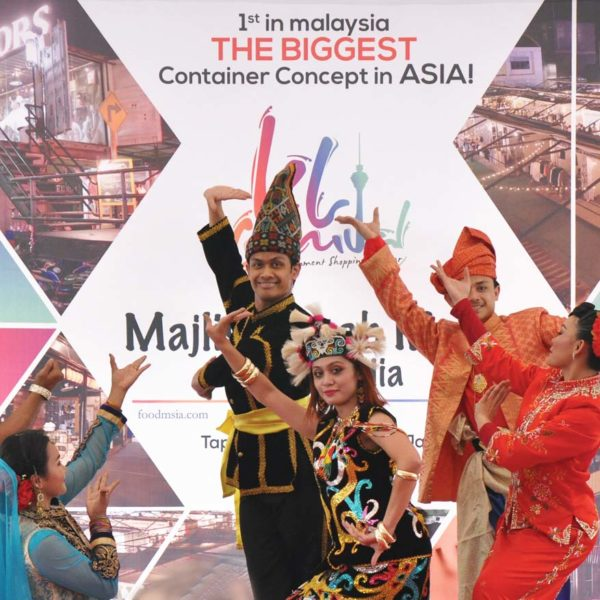 The Biggest Container Market In Malaysia @ KL Carnival Bukit Jalil