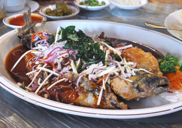 rakuxin restaurant concorde hotel shah alam cny fish