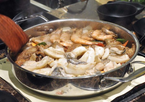 simmer huang three sauce simmer pot pavilion elite kl assorted seafood