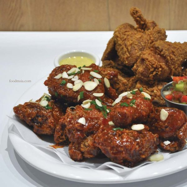 chir chir fusion chicken factory korean chain signature fried chicken