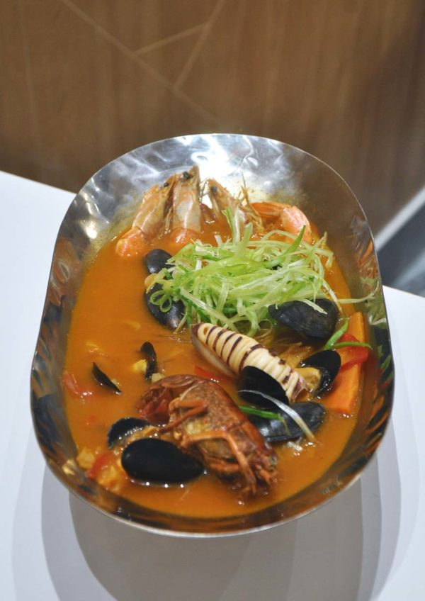 chir chir fusion chicken factory korean chain spicy seafood soup