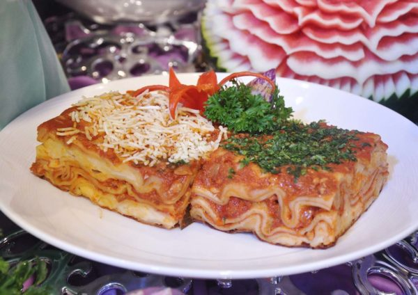 bangi golf resort ramadan buffet chicken lasagna