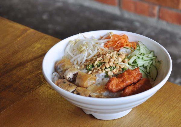wonton and pho happy garden kuala lumpur bun cha noodles