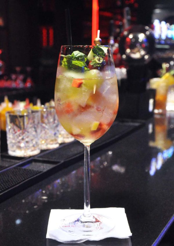 canopy rooftop bar lounge kl entertainer malaysia app white sangria