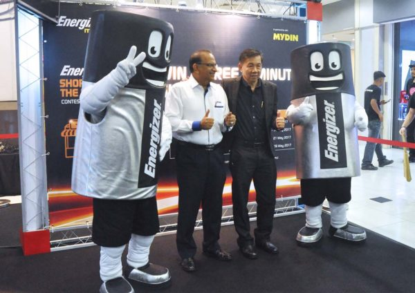 energizer shop in the dark campaign with mydin lee kim chye